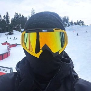 Snowboard/motorcycle Goggles.